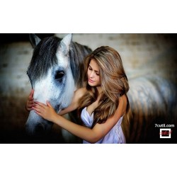 Goblen de diamante - Femeia si calul
